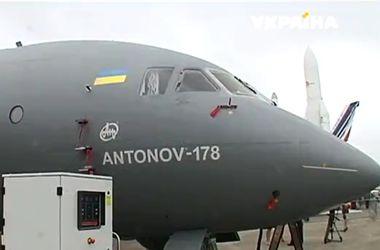 Украинский АН-178 произвел фурор на авиасалоне Ле Бурже