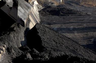 """Кабмин """"на всякий случай"""" договорился об импорте угля из ЮАР и Казахстана"""