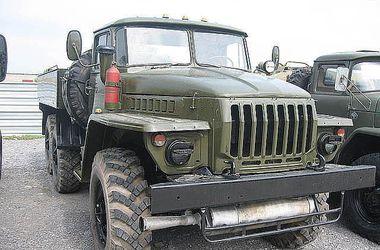 В Днепропетровской области сержант угнал из воинской части грузовик с тоннами топлива