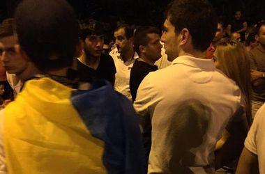 На митинге в Ереване замечены флаги Украины и ЕС - соцсети