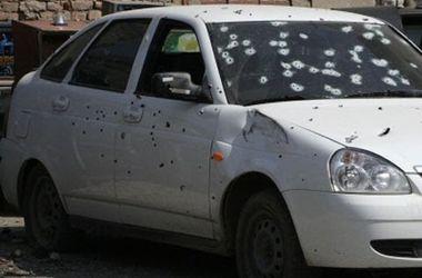 Под Мариуполем наблюдатели ОБСЕ зафиксировали расстрелянные гражданские авто