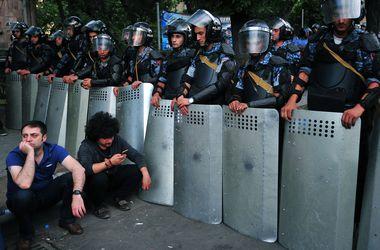 Протестующие в Ереване отвергли предложение президента и продолжают акцию - Цензор.НЕТ 1670
