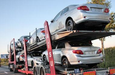 ВТО призвала Украину отменить спецпошлину на импорт автомобилей