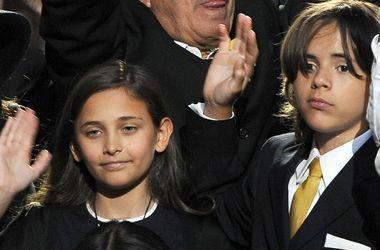 Дети Майкла Джексона оказались богаче своего звездного папы