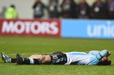 В Аргентине опасаются перелома ноги Месси на Кубке Америки