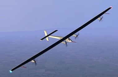 Путь на рекорд: летящий на Гавайи самолет Solar Impulse прошел точку невозврата