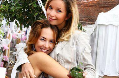 Ольга Орлова показала Жанну Фриске на байке (фото)