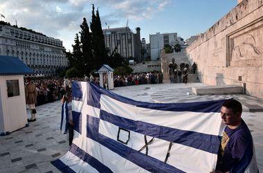 Еврогруппа исключила возможность спасения Греции от дефолта