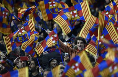 """УЕФА может наказать """"Барселону"""" за флаг Каталонии"""
