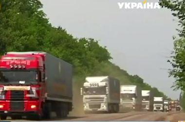 В июле штаб Ахметова будет доставлять гуманитарную помощь чаще