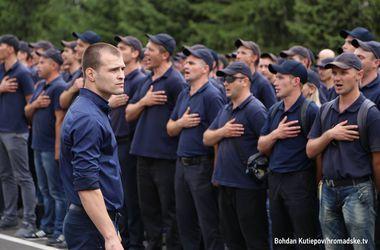 """Репетиция выпускного киевской """"полицейской академии"""""""