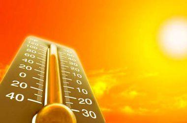 Аномальная жара подбирается к России