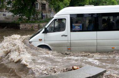 Мощный ливень затопил Тольятти