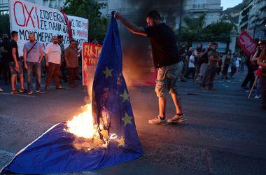 Какие настроения царят в Греции накануне судьбоносного референдума