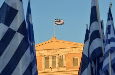 На референдуме в Греции проголосовали более 50% избирателей