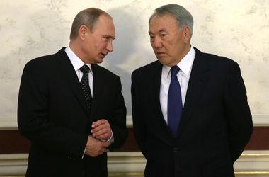 Путин и Назарбаев обсудили ситуацию в Украине