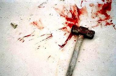 Россиянин ограбил ветерана войны, а потом до смерти забил его молотком и ножом