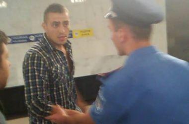 В Киеве ищут агрессивных милиционеров, нападавших на прохожих (фото)