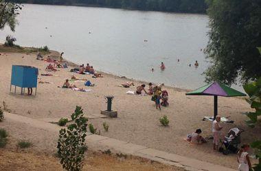 На озере Вербном в Киеве добавят урн и начнут бесплатно пускать в биотуалеты