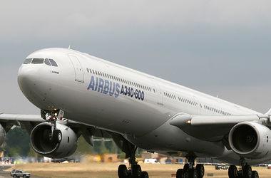 В аэропорту Каира столкнулись два самолета