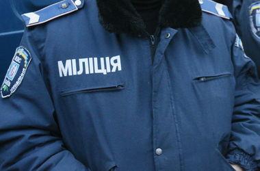 В Киеве поймали грабителя с битой и гранатой