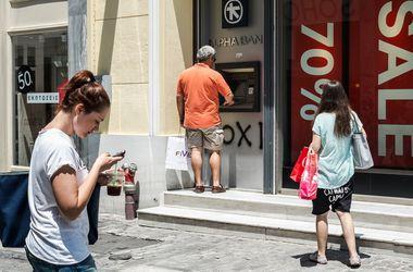 Греция вновь отказалась открывать банки