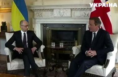 Яценюк говорил с Кэмероном о торговле и британских инвестициях
