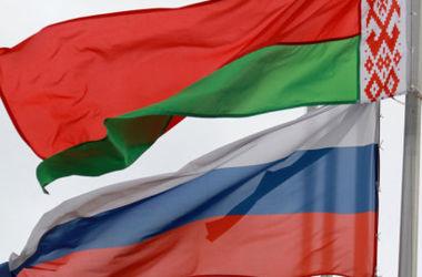 Россия согласилась дать Беларуси денег на старые долги
