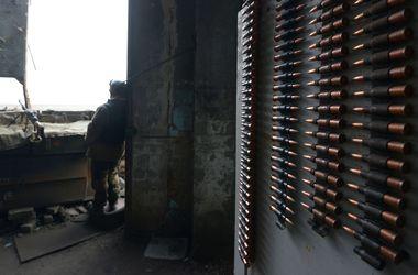 В Донецке гремят взрывы в центре города