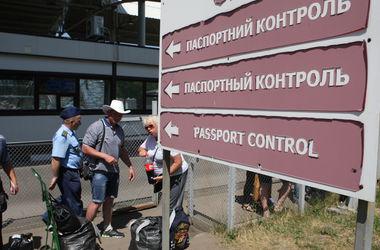 В Украину бегут от войны: кто и зачем переезжает в страну (инфографика)