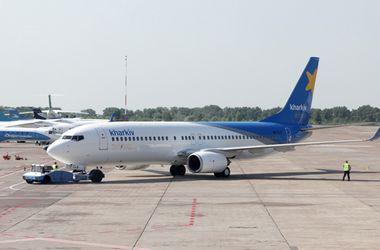 В Харькове экстренно сняли с рейса самолет в Анталию из-за птицы