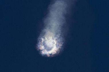 Названа причина крушения ракеты-носителя Falcon 9
