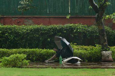 Разгул стихии в Индии унес жизни десятка человек
