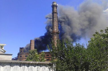 В Жмеринке загорелось здание возле ТЭЦ