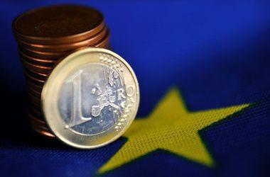 """Еврокомиссия выдала Украине """"срочный"""" кредит в 600 млн евро"""