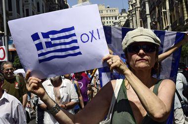 """Парламент Греции одобрил второй пакет законов """"режима экономии"""""""