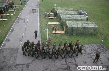 США осенью начнут подготовку военнослужащих украинской армии – госдеп
