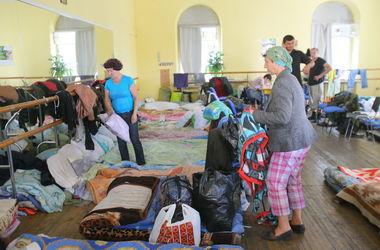 Количество переселенцев из Донбасса и Крыма продолжает расти – Минсоцполитики