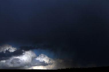 Завтра Украину накроют грозовые дожди