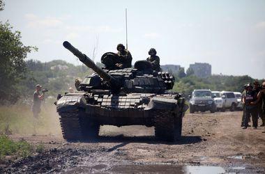 Наблюдатели ОБСЕ зафиксировали 76 взрывов вблизи Донецка