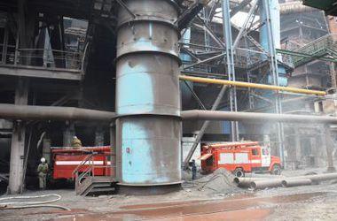 ЧП в Днепропетровской области: десятки пожарных ликвидировали аварию на металлургическом комбинате