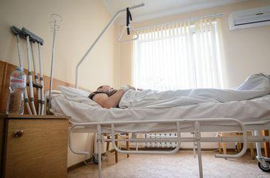 Страшные ранения пострадавшего в Марьинке бойца: солдат попал под минометный обстрел