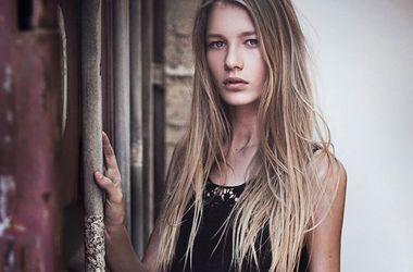 """14-летнюю """"Золушку"""", покорившую мир красотой, осудили за прозрачное платье (фото)"""