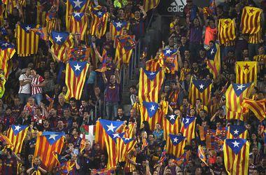 """Барселону"" оштрафовали за освистывание ее фанами гимна Испании"