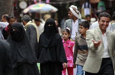 """Халиф """"ИГ"""" разрешил отрезать голову женщине в качестве свадебного подарка"""