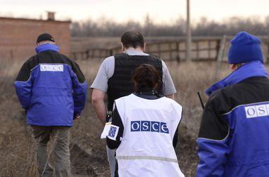 В Широкино ранили руководителя группы ОБСЕ