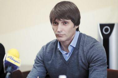 Депутат Еремеев, упавший с лошади, доставлен в европейскую клинику в тяжелом состоянии