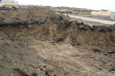 В Мелитополе под землей обнаружили тело молодого человека