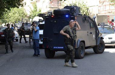В Турции опять стреляют: погибло два полицейских