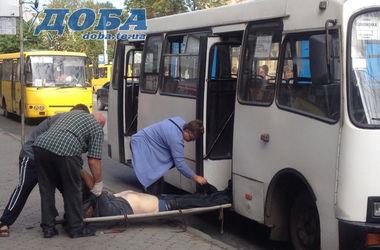 В тернопольской маршрутке внезапно умер мужчина